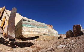 Esmeralda Onyx Quarry (4)
