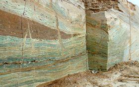 Esmeralda Onyx Quarry (8)