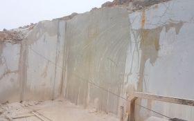 Golden Grey Marble Quarry (1)